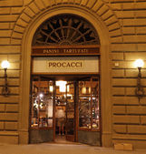 Historic bar and delicatessen Procacci — Stock Photo