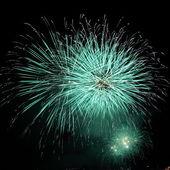 Szmaragd zielone fajerwerki — Zdjęcie stockowe