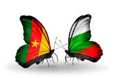 Butterflies with  Cameroon and Bulgaria flags — Stock Photo