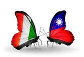 Schmetterlinge mit cote divoire und taiwan flags — Stockfoto