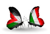 Mariposas con banderas de palestina e italia — Foto de Stock