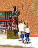 Ted Williams Statue outside Fenway Park — Stock Photo