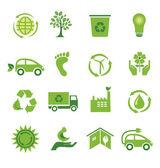 緑の 16 のアイコンのセット — ストックベクタ