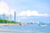 Playa y ciudad — Foto de Stock
