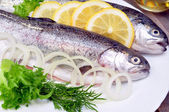 Rainbow trout with lemon — Stock Photo