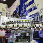 Industrial weaving installation at the exhibition — Стоковое фото