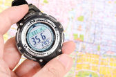 Map and digital compass — Stockfoto