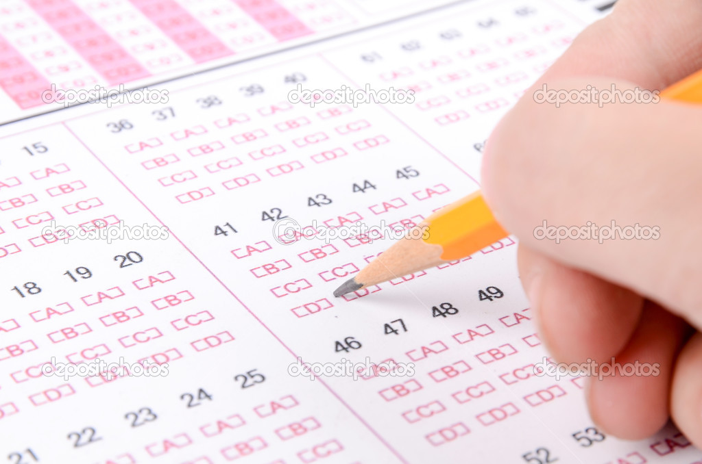Pencil on exam page — Stock Photo #12908981
