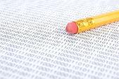 Bleistift und binär-code — Stockfoto