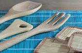 Kuchyňské náčiní ze dřeva — Stock fotografie