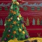 Christmas tree and sweet cookies — Stock Photo