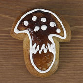 Gingerbread in the shape of mushroom — Stock Photo