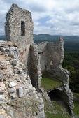 Ruiny zamku ładne hrusov — Zdjęcie stockowe