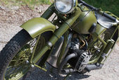 歴史の軍緑のバイク — ストック写真