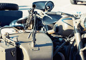 Machine gun mounted on the veteran sidecar — Stock Photo