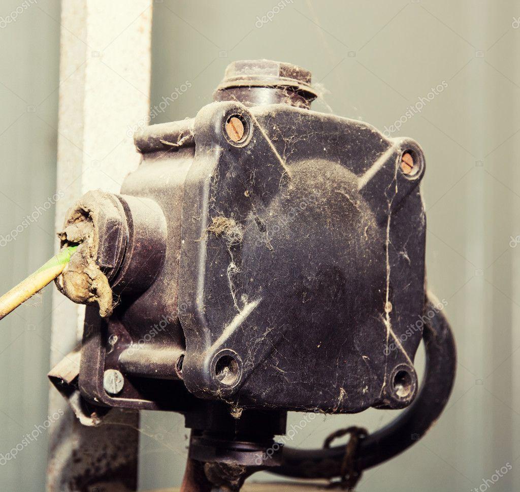 Ancienne bo te de jonction lectrique photographie vrabelpeter1 48589933 - Boite de jonction electrique ...
