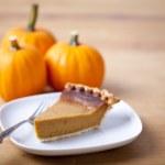 Pumpkin pie — Stock Photo #13503527