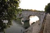 Zonsondergang op de tiber, rome — Stockfoto