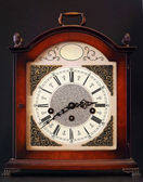 Old table clock — Stockfoto