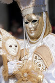White and golden mask at Carnival of Venice — Stock Photo