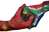 Handshake between China and South Africa — Stock Photo