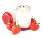 Berry yogurt — Stock Photo