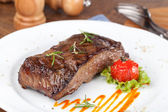 Grilled sirloin steak — Stock fotografie