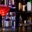 Cosmopolitan cocktail on the background of the bar — Stock Photo
