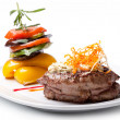 Grilled Steak and vegetables — Stock Photo #8636181