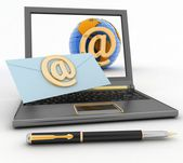 Laptop with incoming letter via e-mail — Stock Photo