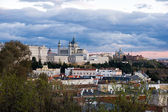 Madrid Skyline with the Royal Palace and the Almudena Cathedral — Stock Photo