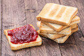 Jam on toast — Stock Photo