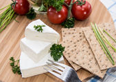Camembert with Crispbread and Herbs — Stock Photo