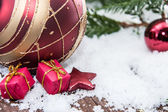 Christmas tree balls — 图库照片