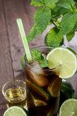 Longdrink в стакане — Стоковое фото