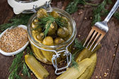 Pickles in een glas — Stockfoto
