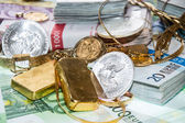 Euro Bills, Gold and Silver — Stock Photo