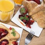 Toast with Strawberry Jam — Stock Photo #23586923