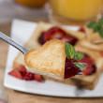 Toast with Strawberry Jam — Stock Photo