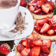 Small Strawberry Tart with fruits — Stock Photo