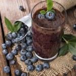 Fresh made Blueberry Smoothie — Stock Photo #29153481
