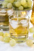Chilled Grape Juice — Stock Photo