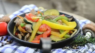 Mixed Vegetables with Chicken meat — Stock Video