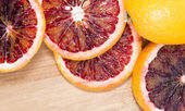 Blood Oranges on wood — Stockfoto