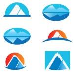 Set of Mountains logos — Stock Vector