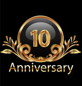 10 years anniversary birthday in gold — Stock Vector