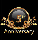 5 years anniversary birthday in gold — Stock Vector