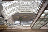 Large shopping center hall — Stock Photo