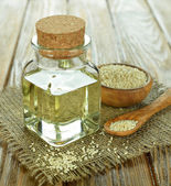 Sesame oil — Stock Photo