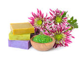 Sea salt, soap and flowers — Stockfoto